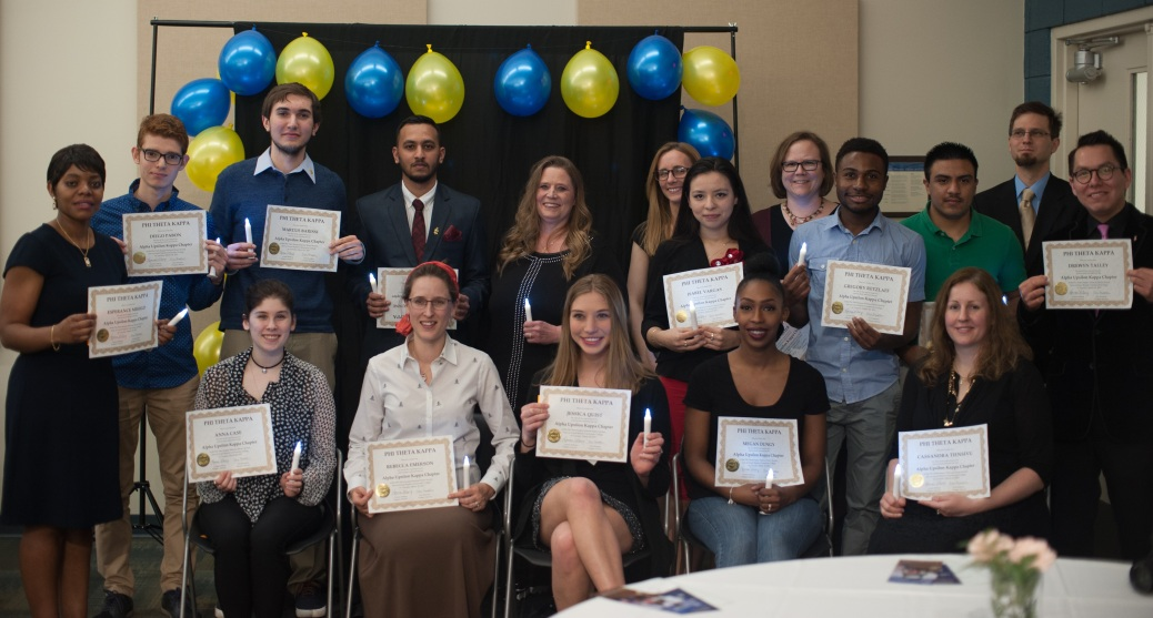 Eighteen students (11 young women and seven young men) hold Phi Theta Kappa certificates.