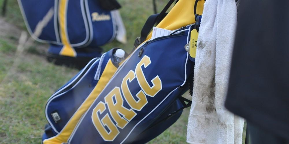 A GRCC golf bag